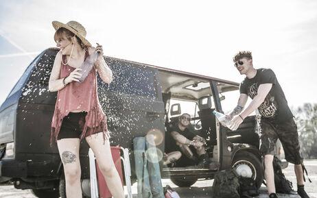 Gorąco? Sprawdź nasze spodenki i spódniczki na lato!